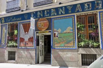 Calle de Santa Isabel - Ecke Calle del Salitre: La Taberna Entcantada