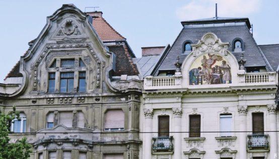 2017-07-11 Budapest_4 (5) Häuser am Fovám tér