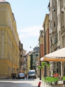 Papnöfelde utca