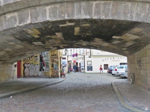 2017-07-14 Prag_13 (CK) über und unter die Karlsbrücke (13) Saská