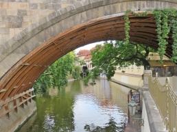 2017-07-14 Prag_13 (CK) über und unter die Karlsbrücke (16) Teufelsbach