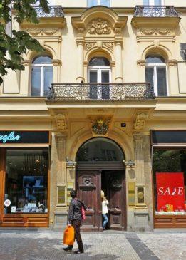 2017-07-15 Prag_12 Am Graben (12) Hausnr. 1047/17, Nový Kolowratský palác
