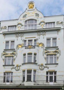 2017-07-15 Prag_12 Am Graben (8A) 391/7 Dörflerhaus