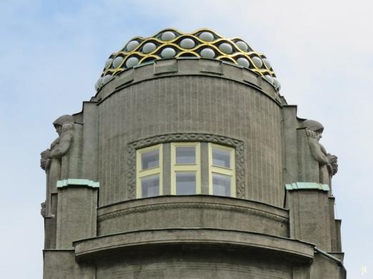Die Krone des Palác Koruna