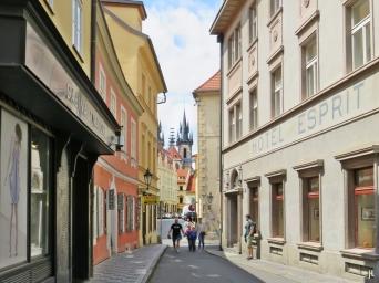 2017-07-15 Prag_15 zurück durch die Altstadt (3A) Jakubská Esprit