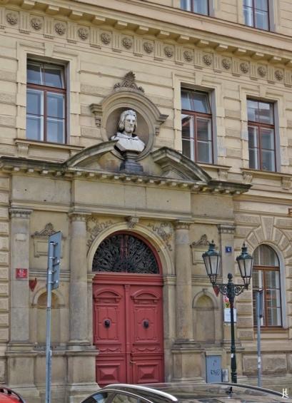 2017-07-15 Prag_15 zurück durch die Altstadt (45) Kreuzherrengasse 82-6