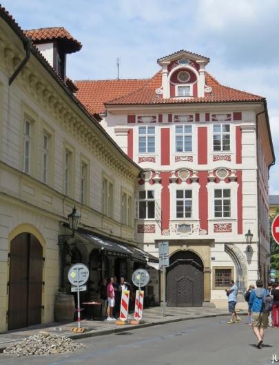 2017-07-15 Prag_15 zurück durch die Altstadt (9) Malá Štupartská 634-7
