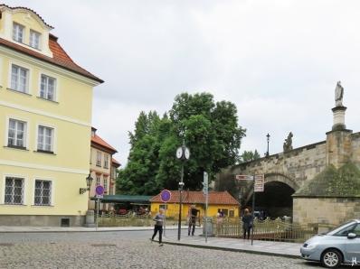U Lužického semináre – Karlsbrücke