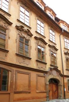 'Haus Zum Goldenen Einhorn' bzw. das Beethoven-Palais an der Lázenská