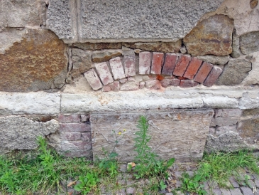 2017-07-16 Grimma (19) Keller'Fenster' - Frauenstrasse