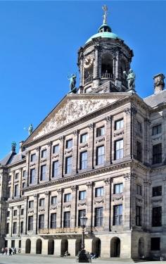 2019-04-10 NL Amsterdam De Dam 10h54 (9) Paleis op de Dam, Detail
