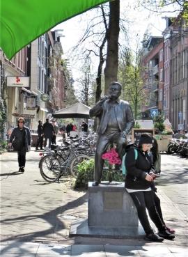2019-04-11 NL Amsterdam De Pijp (8) Albert Cuypstraat - Eerste Sweelinckstraat André Hazes-Denkmal