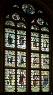 2019-04-11 NL Amsterdam Rijksmuseum Säle (30) Buntglasfenster von W. F. Dixon