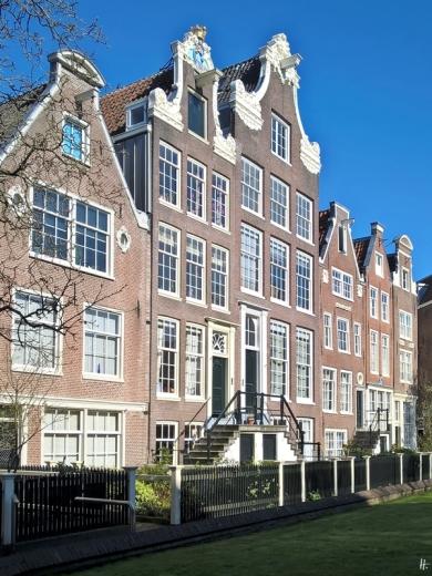 2019-04-12 NL Amsterdam morgens (38) Begijnhof