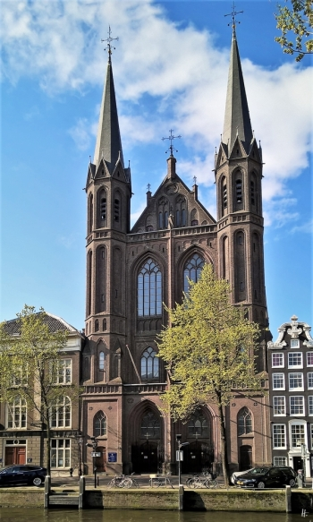 2019-04-13 NL Amsterdam Singel (9) kath. Kirche De Krijtberg